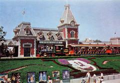 Main Street Station, 1960 (Tom Simpson) Tags: vacationland vintage 1960 1960s disney vintagedisney disneyland mainstreetstation train railroad disneylandrailroad