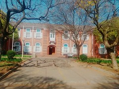 Rosemaryn building (refilwemakwane) Tags: students support assistance accommodation friendly resourceful relevant purposeful src inquiries