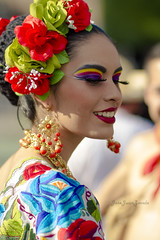 Folclore (josejuanzavala) Tags: portrait retrato folclore folclor folklore folklor tradiciones danza mexico gente people mujer woman canon 7d canon7d color