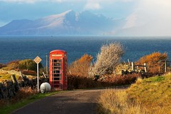 Ardnamurchan rocks (Photographic View Scotland) Tags: red scotland highlands telephonebox ardnamurchan kilmory