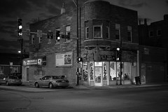35th (keunerr) Tags: street city food chicago night restaurant noche calle comida ciudad pizza damen 35th
