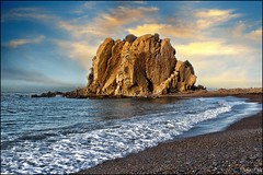 Sidi el Djilali (magic_med) Tags: sunset sea mer seascape rock stone clouds soleil sand nikon couleurs sable wave peinture algerie blida nuages vague chrea rocher alger d90 tipaza grittiness damous cherchel