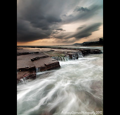 Austi 2 (AnthonyGinmanPhotography) Tags: seascape sunrise flow southcoast illawarra coalcoast littleausti