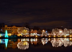 Christmas on the Fox (Theresa*) Tags: christmas longexposure reflection water river lights illinois oneofakind foxriver stcharles beautifulcapture beautyofwater prettyfreakinsweet theillinoisdirectory screamofthephotographer christmasworldwide nikond7000 adayinthelifeofours