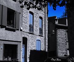 only blue - que du bleu (png nexus) Tags: street blue bleu desaturation rue