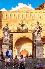 Duomo di Cefalu (jtachel) Tags: sicilia verano summer estate italia sicily baroque architecture arquitectura roadtrip travel viajes duomo cefalu sunset atardecer catedral