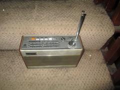 r727 (roger.cook6@btinternet.com) Tags: radio receiver transistor roberts r727