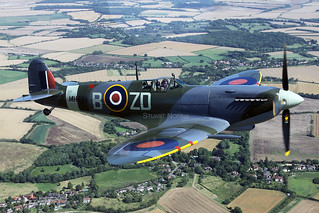 Wing to wing with Spitfire MH434
