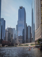Mike Maney_Chicago Finale-161.jpg (Maney|Digital) Tags: architecture chicago city friends skyline streetphotography