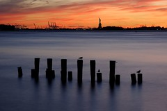 US-NY Brooklyn - Blue Hour On The Bay 2016-09-11 (N-Blueion) Tags: