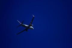 20160821_IMG_7898 (NAMARA EXPRESS) Tags: landscape airplane jetplane sky darksky deepsky dark shine summer fine outdoor color toyonaka osaka japan canon eos 7d tamron sp 70300mm f456 namaraexp