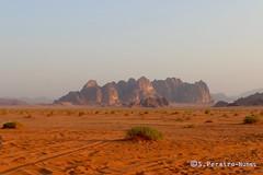Desert of Wadi Rum, Where the series MARS was shot, Jordan (ssspnnn) Tags: deserto desierto desert wadirum jordan jordania snunes spnunes nunes spereiranunes areia arena arenito sandstone canoneos70d rock montaa canyon wow