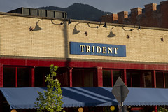 Trident: Red Blue Yellow (brucetopher) Tags: primary primaries primarycolors color colors colorful colorado west mountails building street architecture red blue yellow