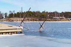Sunken (Jori Samonen) Tags: sunken boat ship mast water sea ice waterfront island shore rock tree building flag sky sompasaari mustikkamaa helsinki finland nikon d3200 350 mm f18 nikond3200 350mmf18