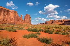Hand of God- Monument Valley (Utah) (luke.switzerland) Tags: monument valley utah usa states park colors desert hot clouds sand nikon d810 travel