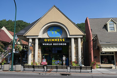 IMG_0378 (dennis gray) Tags: gatlinburg greatsmokiesmountainnatioinalpark signs storefronts