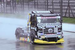 FORMULA TRUCK CURITIBA (11) (Bruno Tetto) Tags: paran sport truck volvo wm racing curitiba autdromo esporte corrida scania iveco aic automobilismo caminho pinhas piloto formulatruck autdromointernacionaldecuritiba racingtruck truck2012 trucketapacuritiba