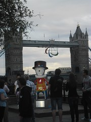 Beefeater Wenlock & Friends infront of Tower Bridge with Paralympic Agitos (fotoisto2005) Tags: red towerbridge logo mascot wenlock olympicgames london2012 agitos olympicmascot paralympicgames paralympiclogo beefeaterwenlock