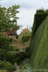 2_HedgingandViews (PromenadeClaire) Tags: house gardens topiary yew dahlias hedges greatdixter exoticgarden yewhedges