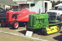 Case orchard DO and 1949 john deere MC tractors (chrysler383) Tags: tractor do orchard case mc 1949 johndeere