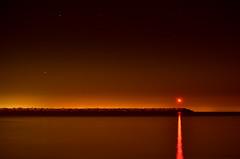 (maldonado2011) Tags: light orange rio contrast river faro lights contraste nocturna tonos