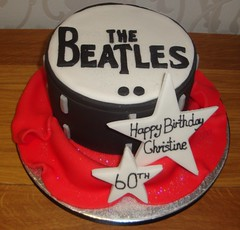Beatles Drum (A Cherry On Top Scotland) Tags: birthday cakes cake drum beatles
