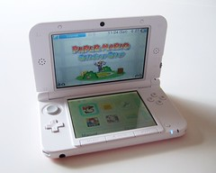 PINKxWHITE 3DS XL playing Parer Mario: Sticker Star (bochalla) Tags: pink portable box nintendo games system videogames handheld packaging xl 3ds papermario pinkxwhite 3dsxl papermariostickerstar