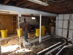 Queens NY hurricane house interior demolition (The Trash it Man) Tags: hurricane cleanup howardbeach hurricanecleanup flooddamagecleanup hurricanesandy sandyaftermath