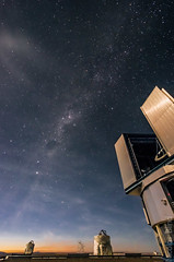 Paranal observatory ( Nicolas Blind ) Tags: chile sky moon field night lune lens photo chili day angle natural time satellite wide sigma wideangle science astro jour observatory telescope ciel national astrophotography astronomy temps technique 1020 nuit ultra optique geographic eso nationalgeographic astrophoto lieux astrophysics optics objectif observatoire vlt astronomie naturel widefield paranal ultrawideangle longuepose grandangle astre astrophysique ultragrandangle cielnocturne astrophotograhie