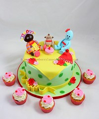 Iggle Piggle, Makka Pakka and Upsy Daisy Cake (Strawberry Lane Cake Company) Tags: cupcakes 1stbirthdaycake childrenscakes pinkcupcakes upsydaisy inthenightgarden makkapakka igglepiggle cakesforgirls cakesforboys igglepigglecake babybirthdaycakes strawberrylanecakecompany