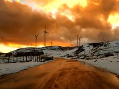Windy Sunset (Dario Fiumicello) Tags: sunset italy orange mountain snow italia tramonto wind windy neve sicily floresta sicilia messina vento eolico nebrodi