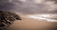 untouched beach (JH/PHOTOGRAPHY) Tags: beach portugal clouds strand dark see sand rocks meer wasser outdoor himmel steine porto lonely ufer landschaft dne kste felsen wellen ozean esmoritz beachporto