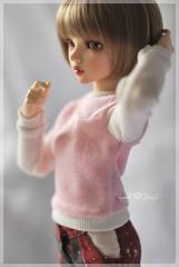 Cottoncandy Pullover in BabyPink (Red Ribboned Dolls) Tags: bjd abjd msd slimmsd 14 fairyland mnf minifee chloe auri redribbon redribboneddolls doll dolls dollfie dollclothes handmade etsyshop miniatures