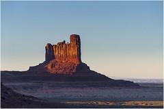 Monument Valley 0012 (Ezcurdia) Tags: monumentvalley utah arizona usa eeuu navajo tsebiindisgaii limolita navajotrivalpark johnfordpoint
