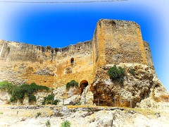 "Scorcio de ""Il Castello Luna"" (Riccardo CLOD) Tags: sky ruin castle stones rocce cielo castello"