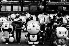 Doraemon   (Woodenship) Tags: roppongi hills roppongihills tokyo japan carl zeiss carlzeiss biogon t 235 f2 35mm zm sony a7 ilce7m2 7 monochrome blackandwhite bw black white city architecture
