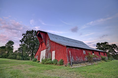 Barn, White County, Tennessee (Chuck Sutherland) Tags: redbarn red barn sunset sky clouds summer whitecounty tennessee tn