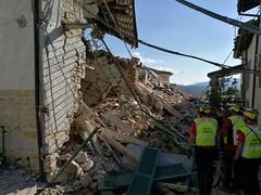 14311405_181675352267522_2113692155982454153_o (superenzo) Tags: casale terremoto