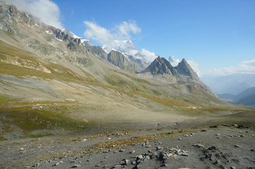 Au col de la Seigne avec vue sur le Mont-Blanc de Courmayeur
