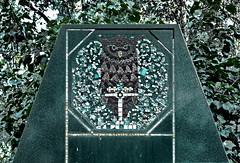 Owl ~ Eule - Jugendstil Grave - Zentralfriedhof Wien, Alte Jdische Abteilung (hedbavny) Tags: vienna wien friedhof cemeteries tree bird