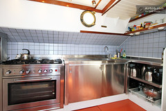 """Kitchen • <a style=""""font-size:0.8em;"""" href=""""http://www.flickr.com/photos/72535779@N02/8203384373/"""" target=""""_blank"""">View on Flickr</a>"""