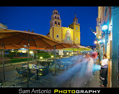 Goodbye Mr. Green Square, Hello Mr. Aperture Priority! (Sam Antonio Photography) Tags: longexposure travel blue people blur latinamerica yellow horizontal architecture night catchycolors mexico outdoors photography unescoworldheritagesite slowshutter northamerica guanajuato bluehour blurredmotion travelphotography mexicovacation traveldestinations colorimage famousplace buildingexterior guanajuatostate mexicotravel mediumgroupofpeople canoneos5dmarkii mexicophotography samantonio samantoniophotography bluehourphotography mexicophotolocation