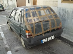 Maruti Suzuki 800 (occama) Tags: car duct accident malta tape suzuki damaged gaffer 800 gaffa maruti