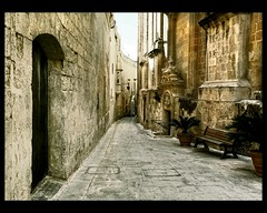 The medieval city of M'dina (scrabble.) Tags: malta palaces mdina cittvecchia narrowstreets medievalcity cittnotabile ancientwalledcity