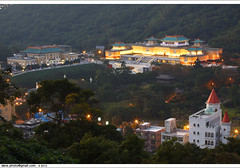 the night view of National Palace Museum 2102  (*dans) Tags: longexposure light mountain museum night landscape dusk chinese taiwan palace taipei    nationalpalacemuseum       chinesepalace