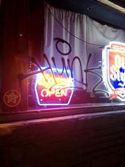 (VISI♢∩QÜΞ5†) Tags: graffiti hunk