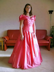 Pink ball gown (Paula Satijn) Tags: girl dess gown pink satin silk shiny beauty gorgeous hot ballgown skirt lady elegance brunette cute sweet adorable