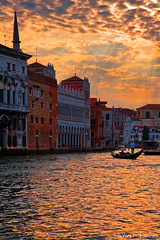 Sunset over Grand Canal, Venice, Italy (renatonovi1) Tags: venice italy venezia italia grandcanal canalgrande sunset sun water architecture gondola gondolier
