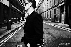 Untitled (nzkphotography) Tags: street ireland people blackandwhite dublin monochrome europe noiretblanc 28mm streetphotography highcontrast gritty ricohgr 2016 seriouscompacts