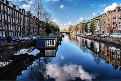 Canal cruising (Maria Eklind) Tags: spegling reflection holland netherlands streetphoto street cityview city streetview europe amsterdam noordholland nederlnderna nl